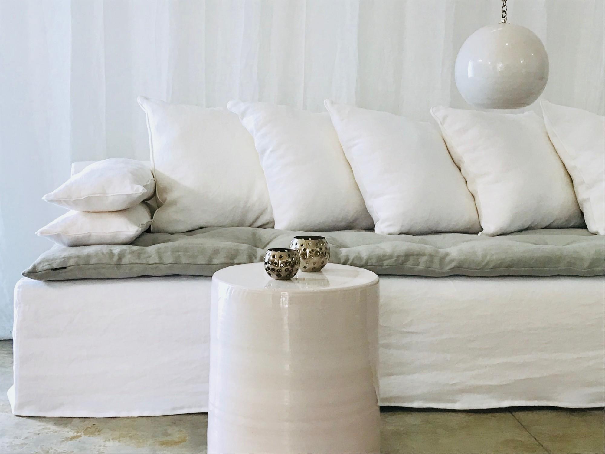 Canapé sur mesure lin lavé vert sauge Cannes et Valbonne Côte d'azur