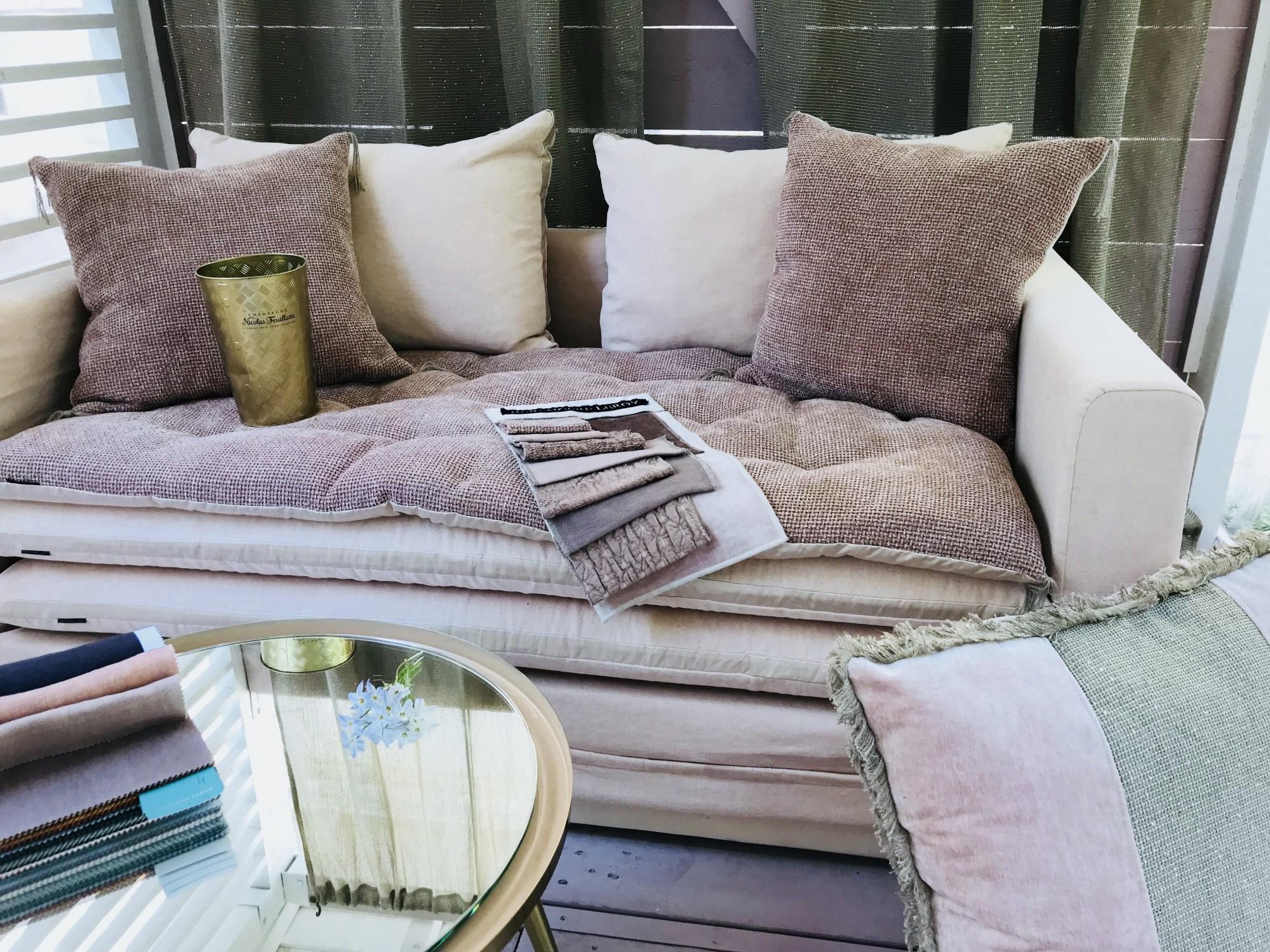 Canapé sur mesure lin lavé rose poudré Cannes et Valbonne Côte d'azur