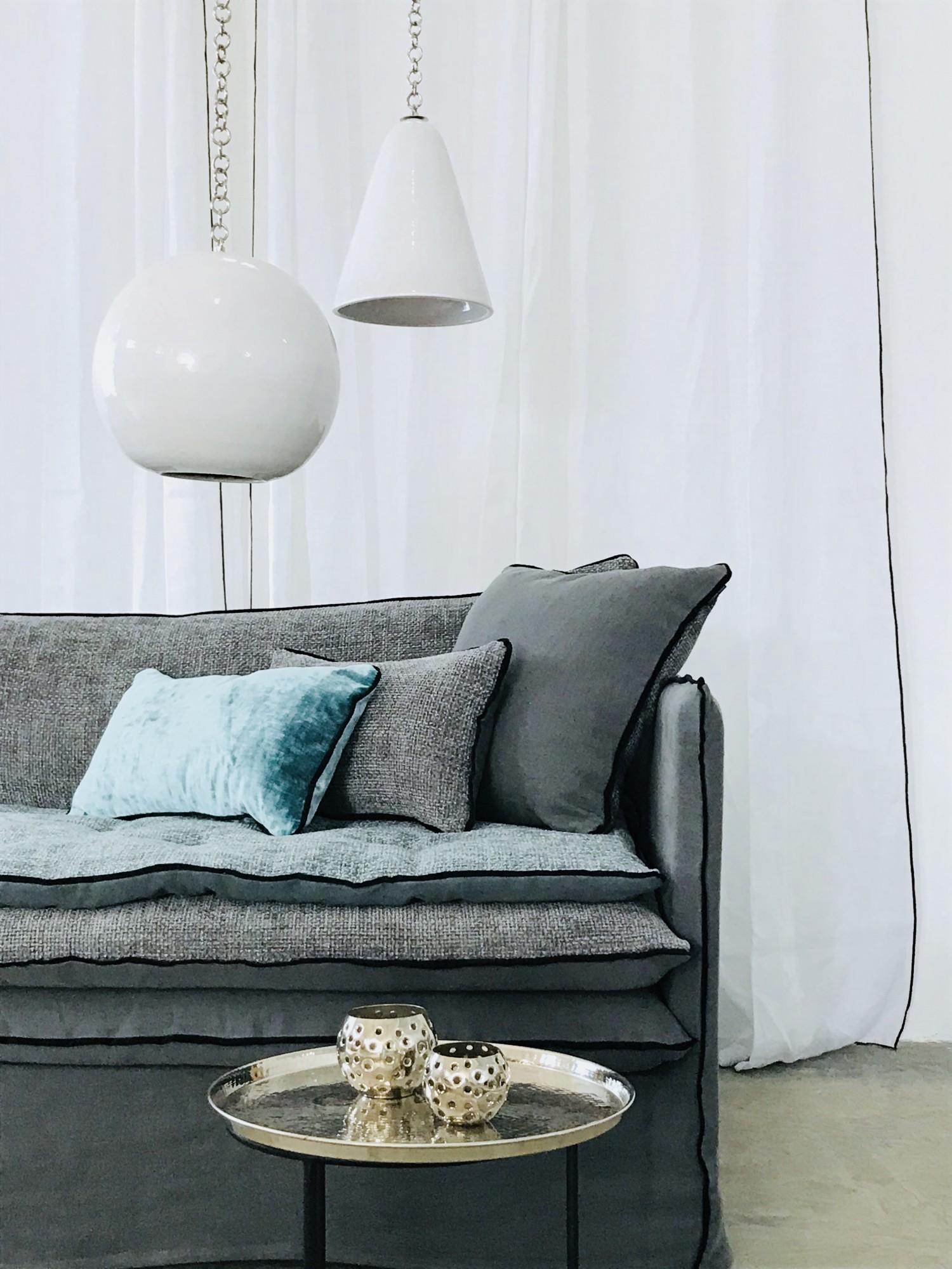 canapé en lin lavé gris anthracite à Dijon