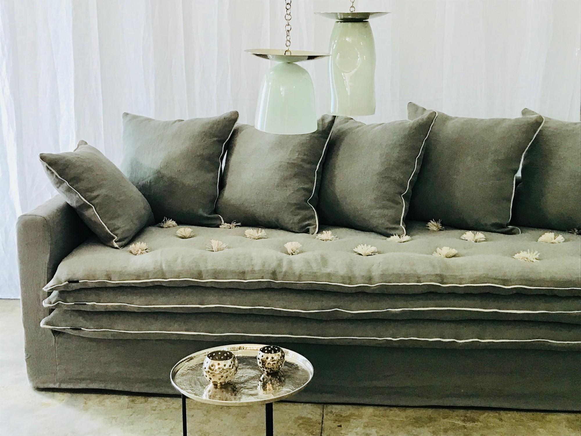 fabrication de canap sur mesure en tissu paris. Black Bedroom Furniture Sets. Home Design Ideas