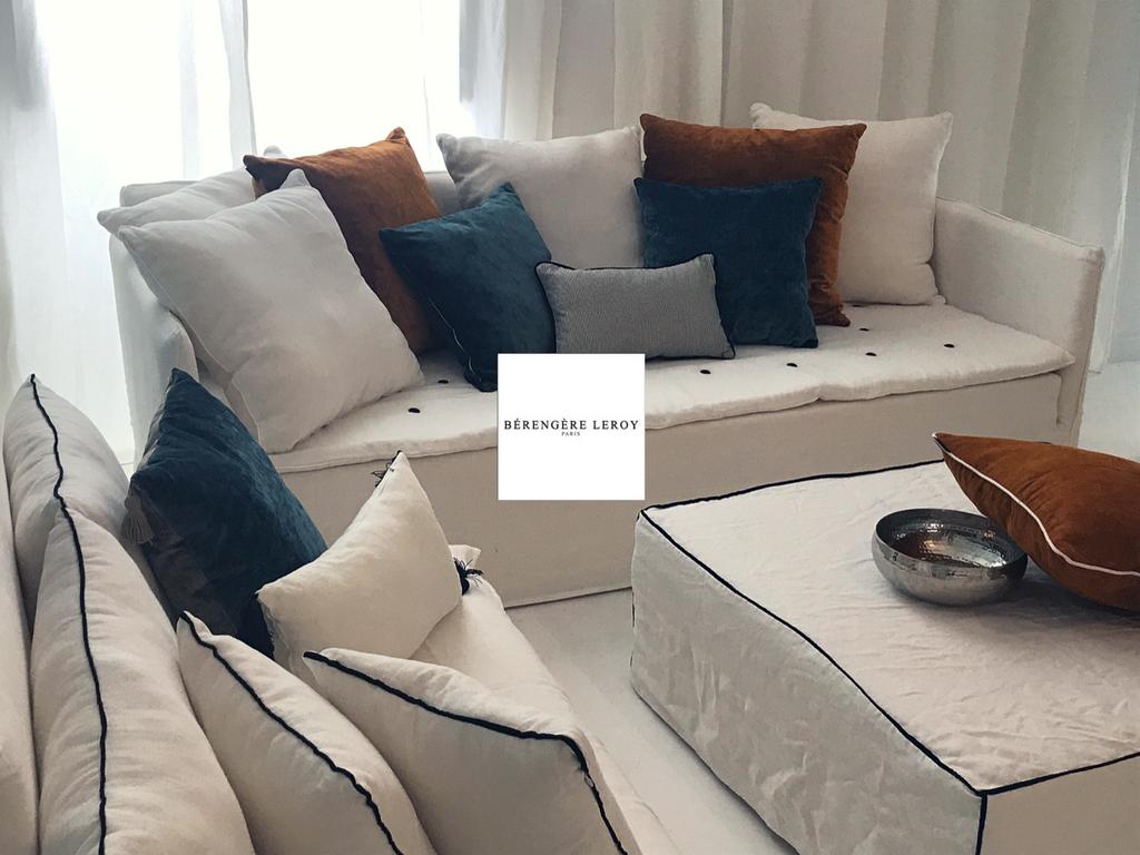 canap mila en lin lav blanc version classique realisations mobilier sur mesure paris. Black Bedroom Furniture Sets. Home Design Ideas