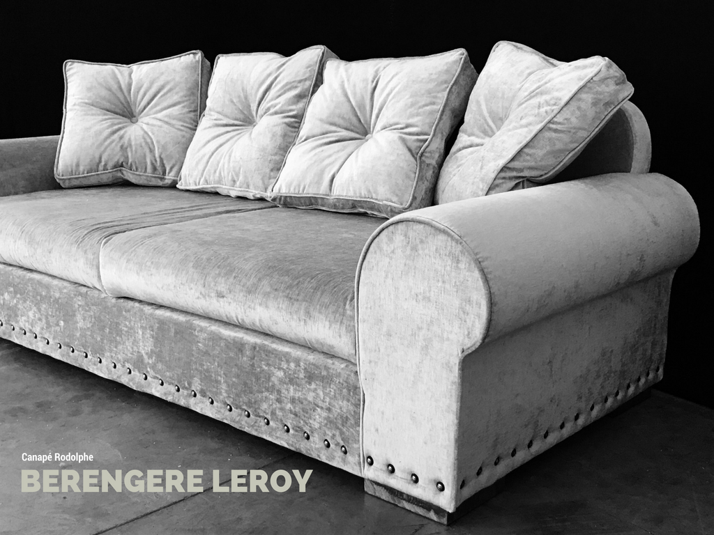 Canapé en velours lavé gris clair Paris