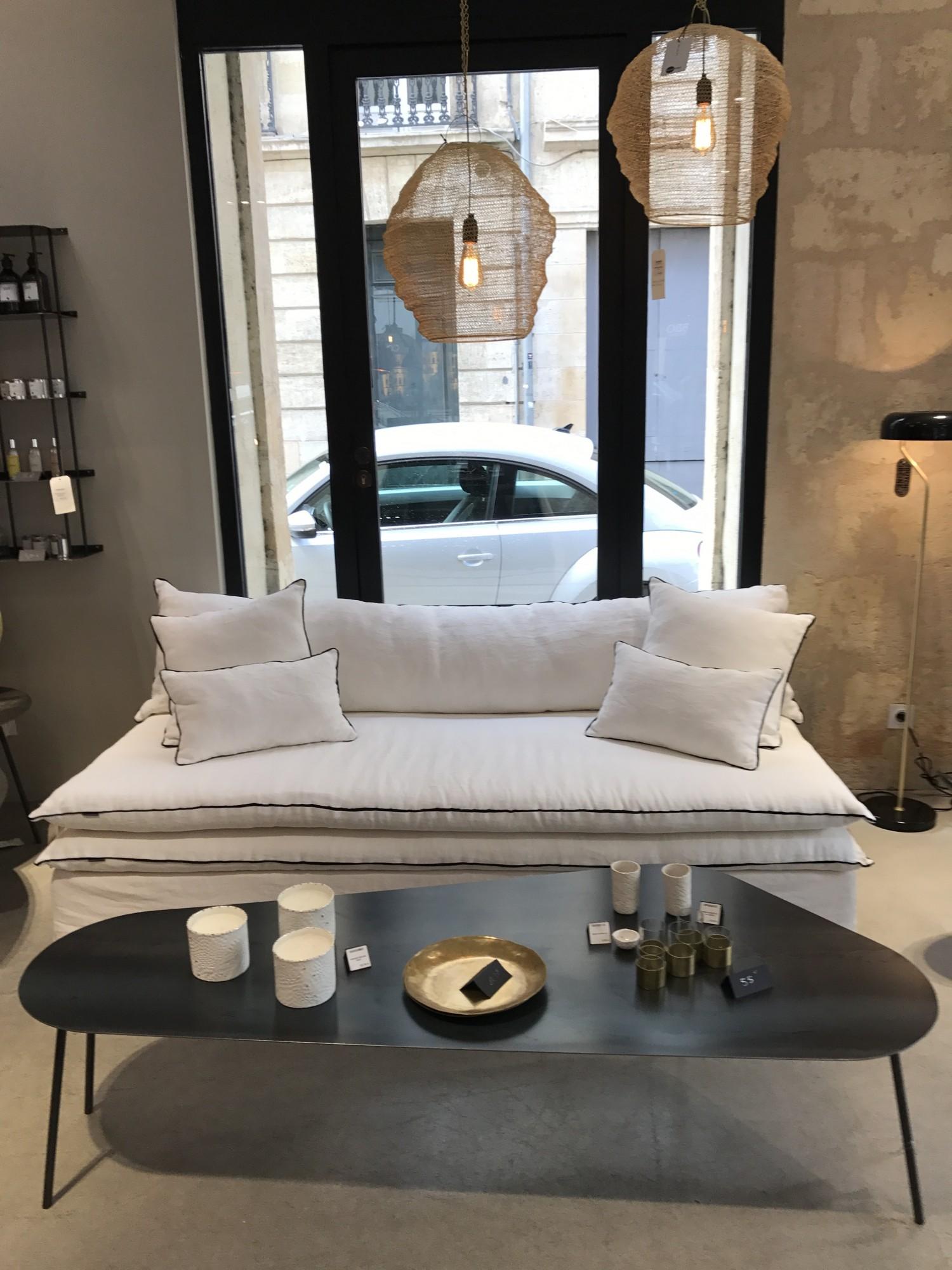 Canapé en lin lavé blanc à Aix en Provence