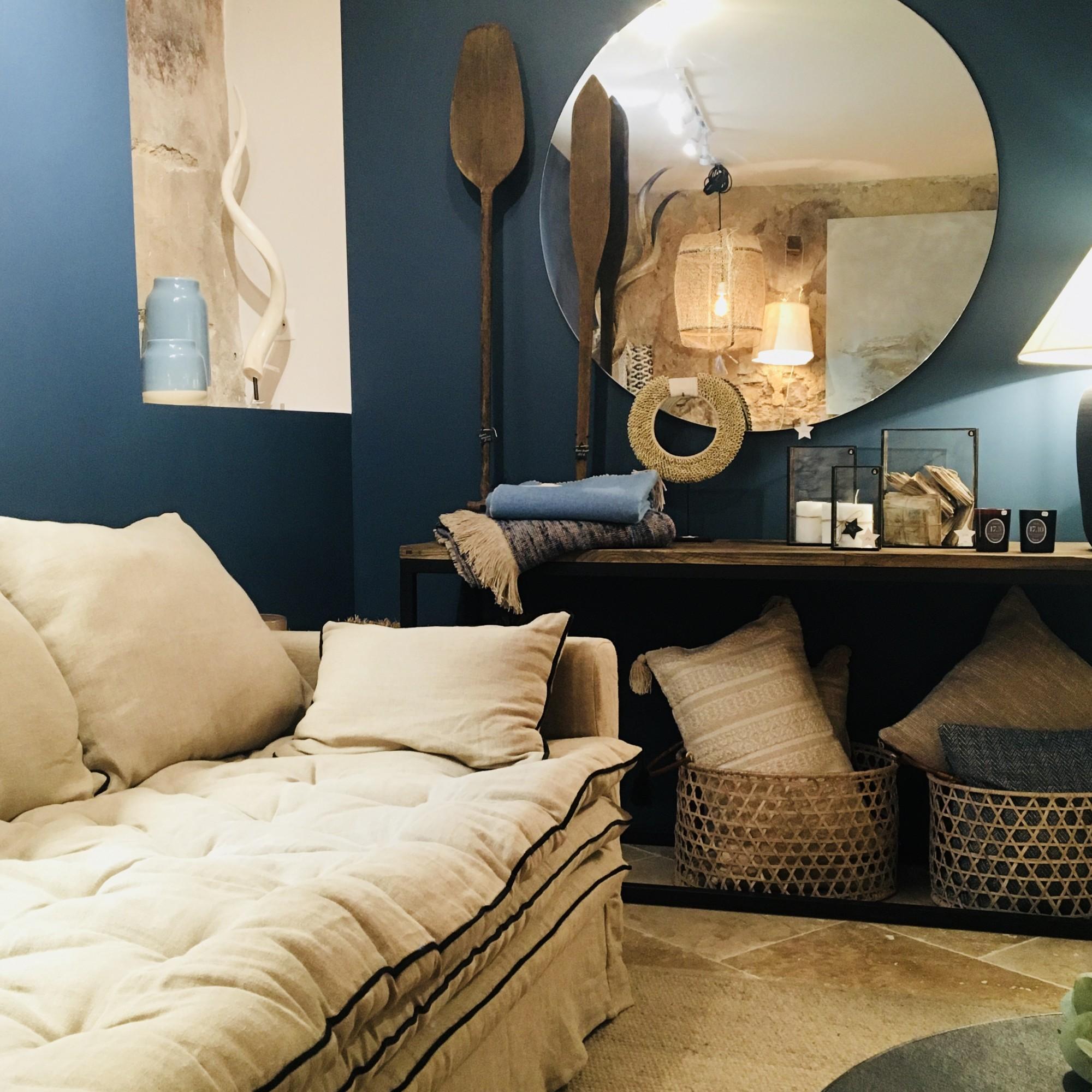 Canapé sur mesure en lin lavé beige ciment Paris