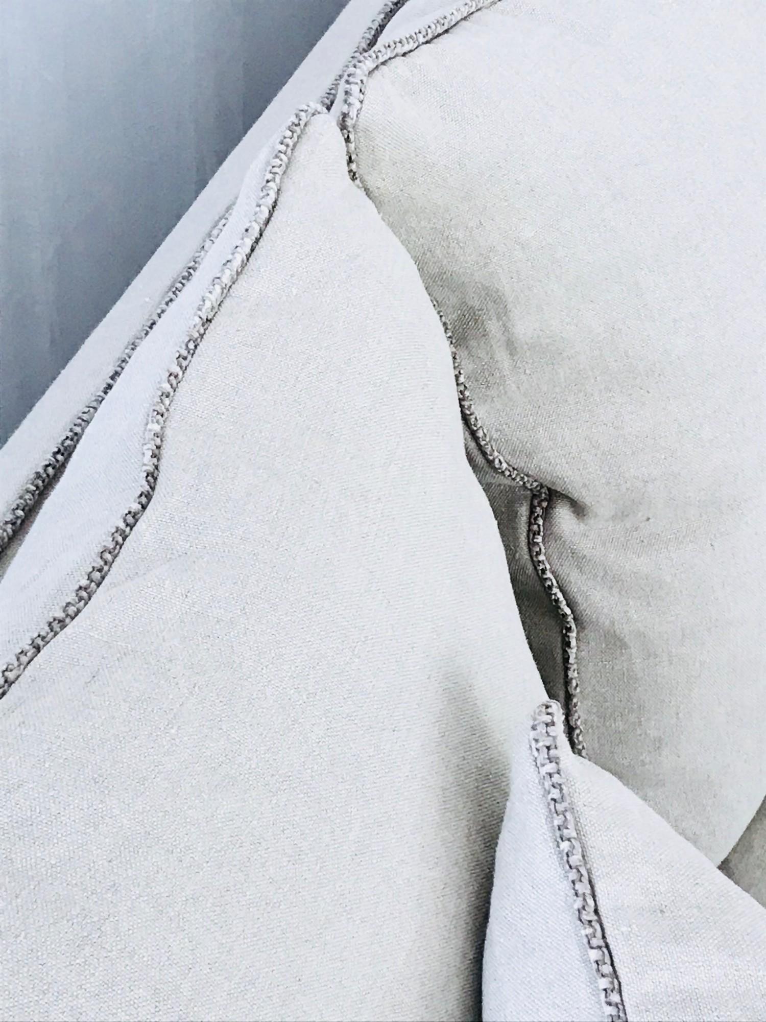 Canapé Mila lin lavé beige ficelle finition liseret chenille soft washed Zahara