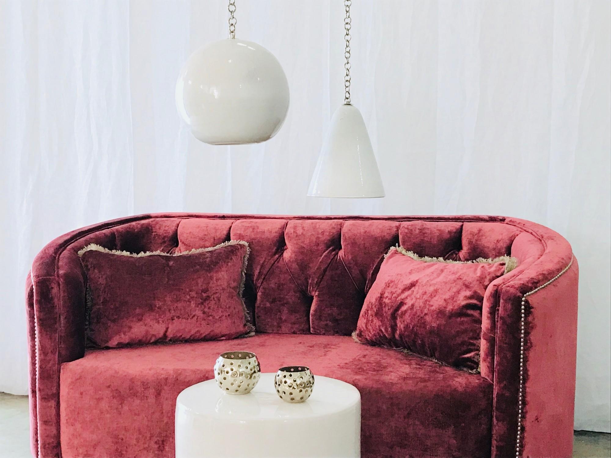 Canapé sur mesure velours prune KARL