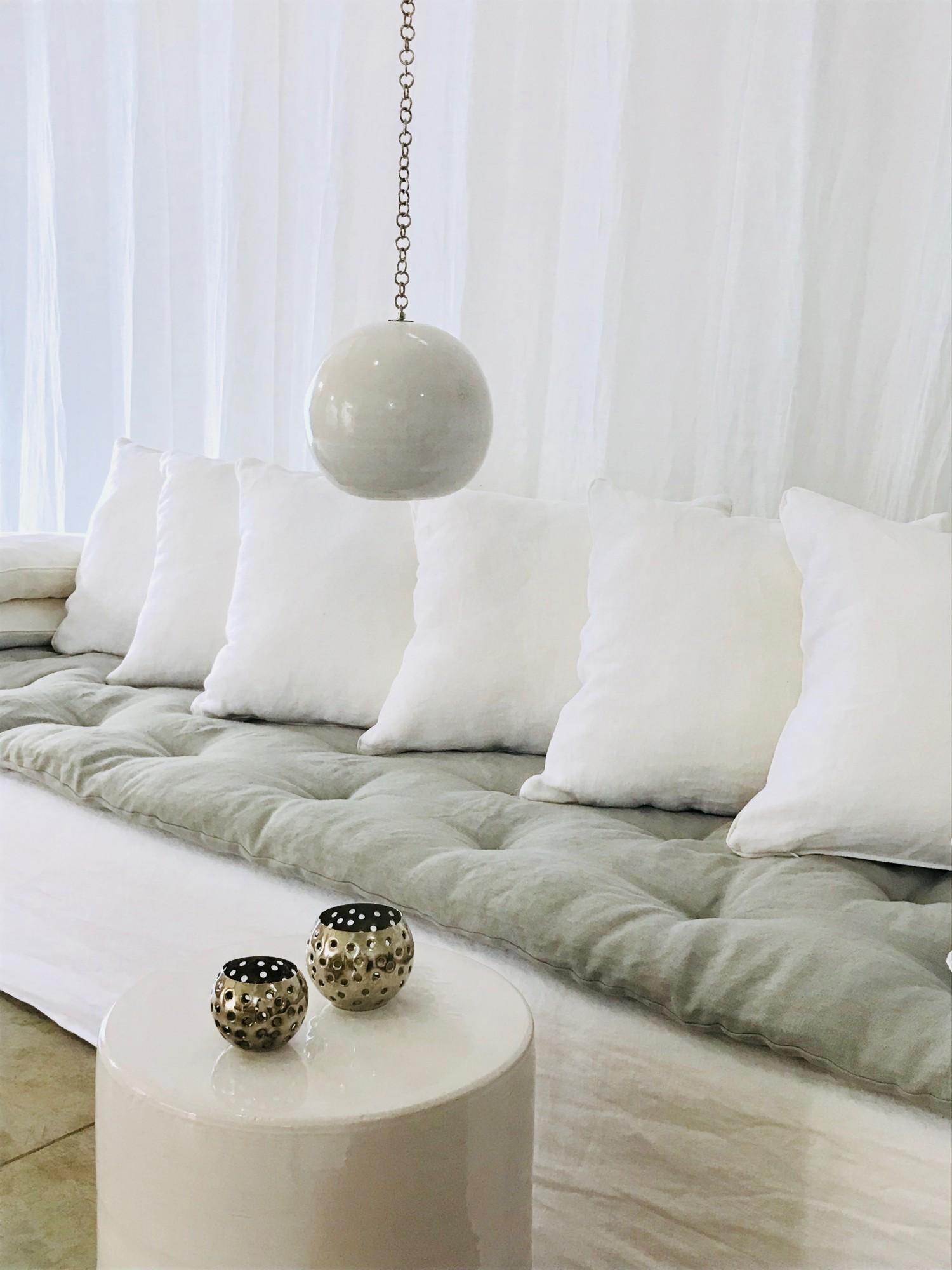 Canapé sur mesure lin lavé blanc Saint Tropez