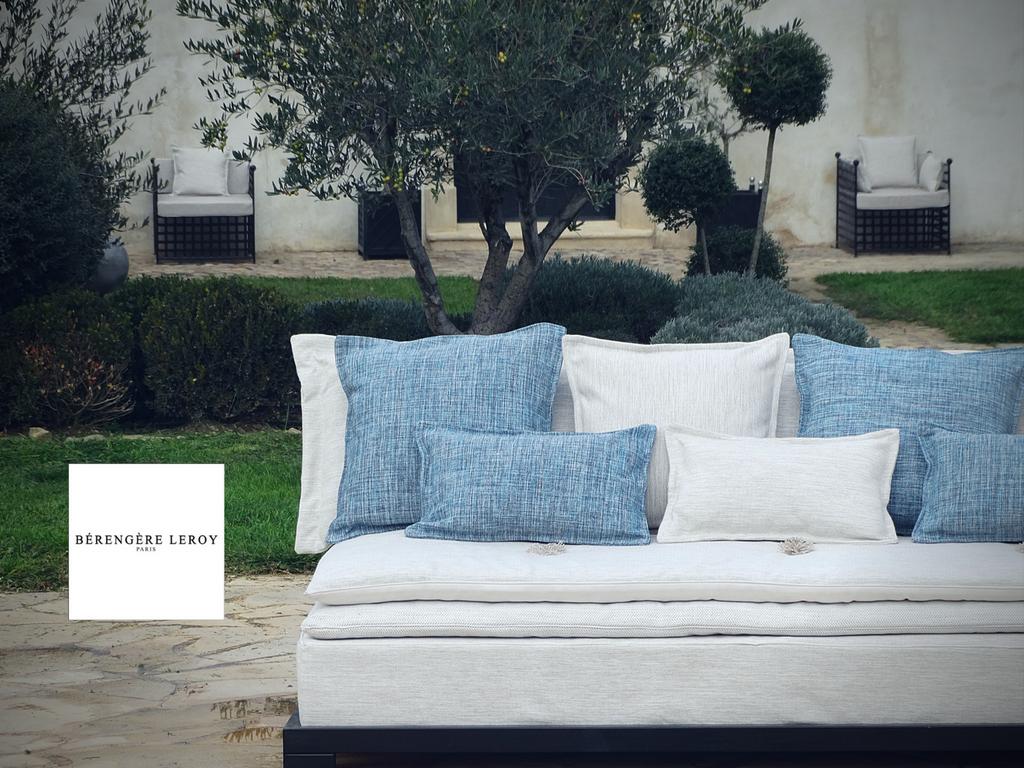 Outdoor sofas in Valbonne