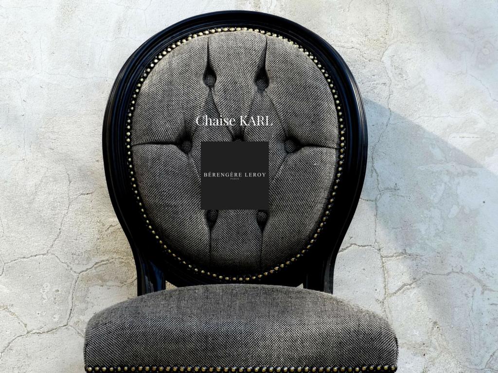 Chaise medaillon laquée noir en velours gris
