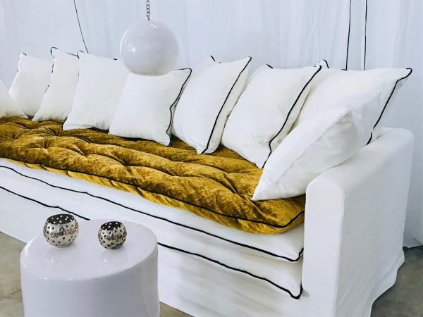 Canapé sur mesure lin lavé blanc Cannes et Valbonne Côte d'azur
