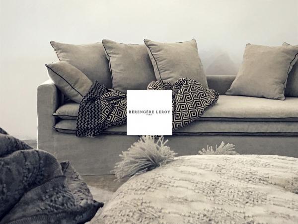 Canapé sur mesure Boheme en lin lavé beige ciment Lausanne