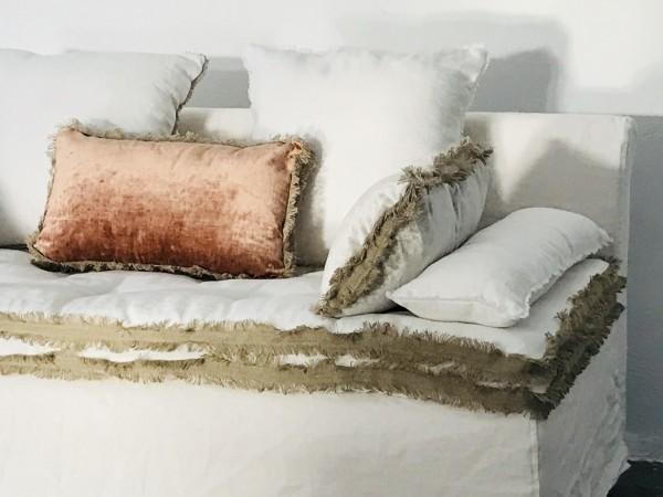 Canapé en lin lavé blanc Nice Côte d'azur