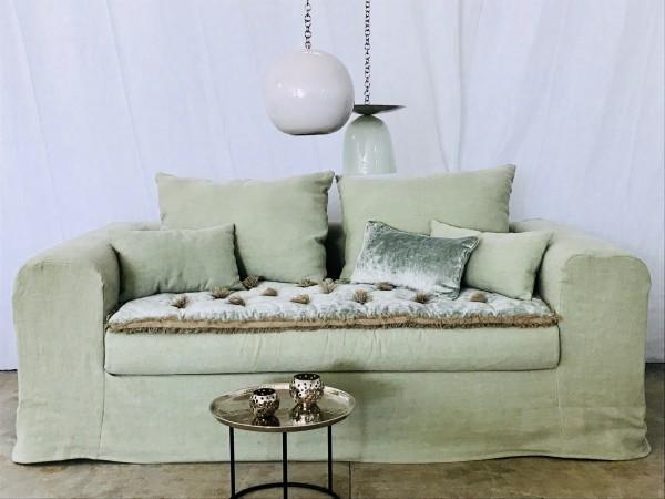 Canapé sur mesure en lin lavé vert celadon Paris