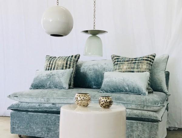 Canapé sur mesure velours lavé bleu givré Lyon