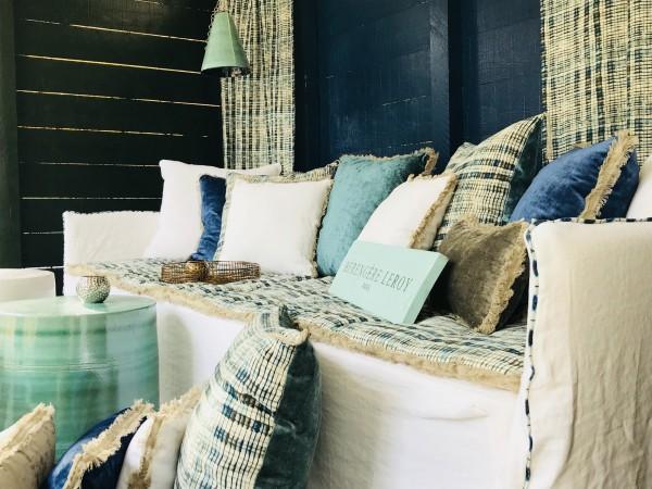 Canapé en lin lavé blanc Saint Tropez