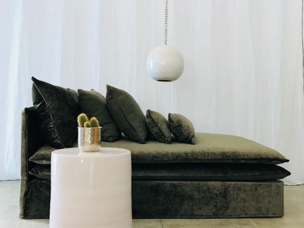 canapé sur mesure méridienne velours lavé vert kaki