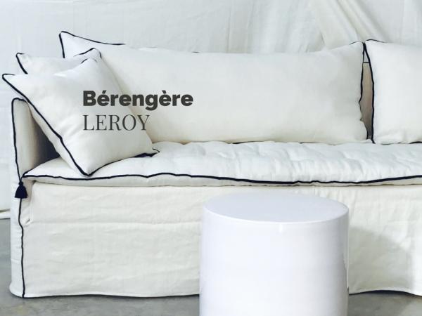 Canapé sur mesure en lin froissé blanc ivoire Salon de Provence