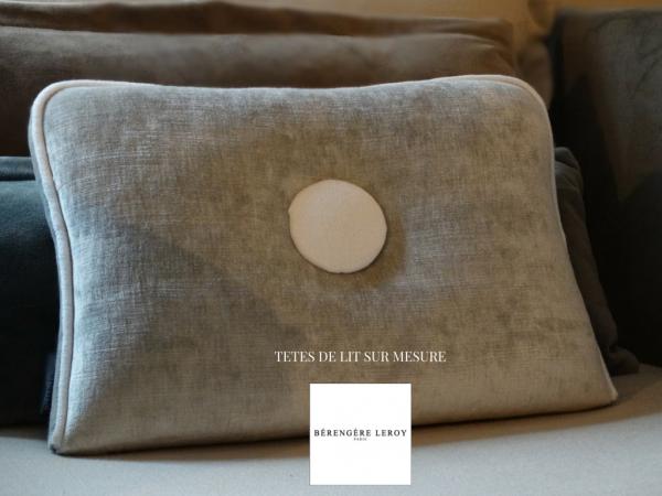 Fabricant de têtes de lit sur mesure en velours gris perle